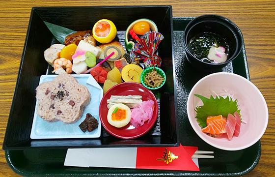 写真:食事サンプル1